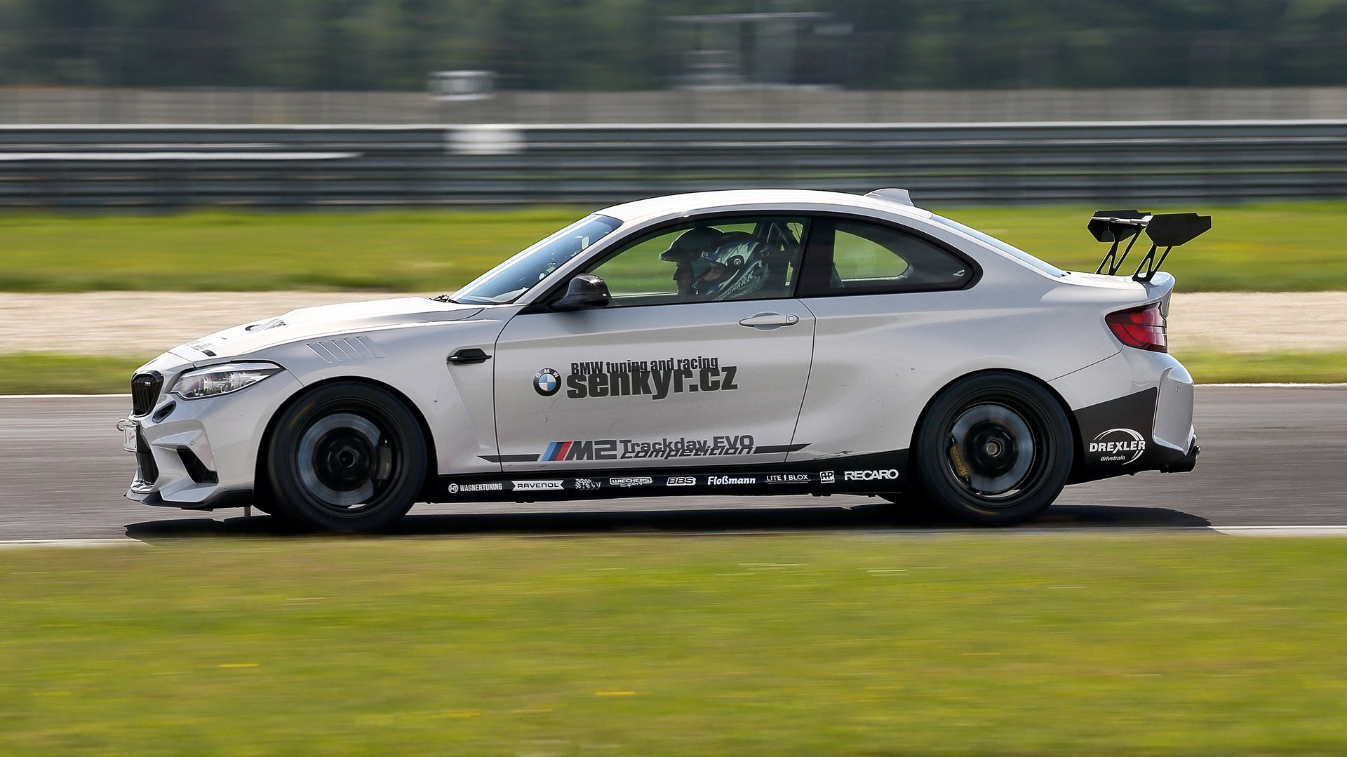 Why want car like BMW M2 Competition Trackday Evo? - Další #